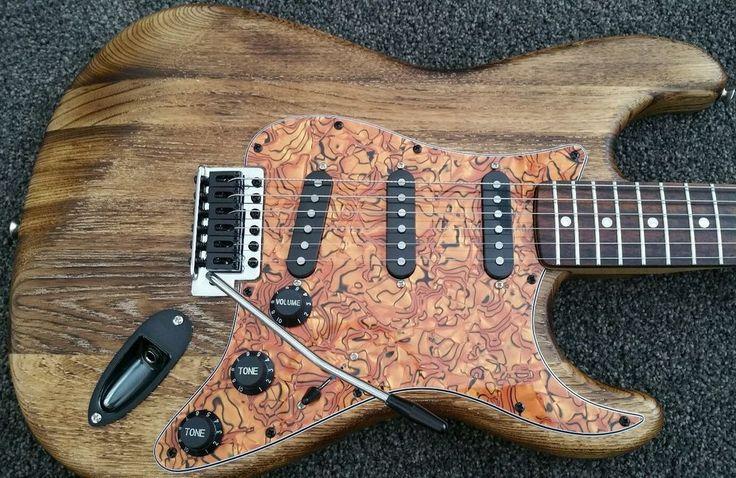 Fender Squier Custom Affinity SSS Stratocaster