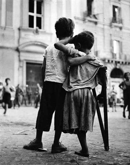 Friends in Naples . Freunde in Neapel 1944