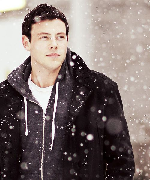 Cory Monteith Photos: Cory Monteith Walks in the Snow