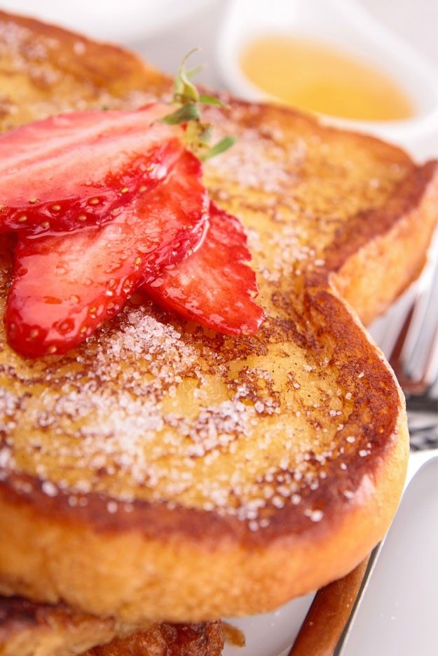 Are you wondering how do you make French toast? Wonder no more because with this step-by-step tutorial, you'll be making perfect French toast every time.