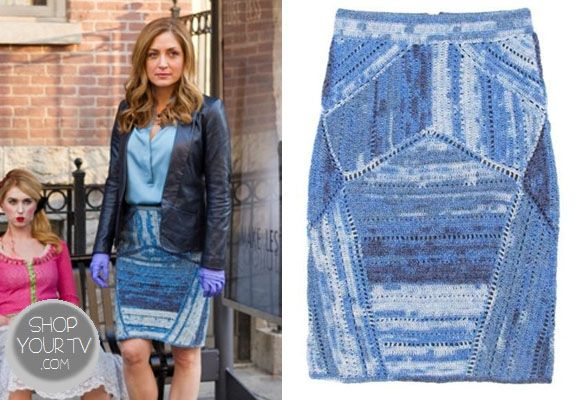 Dr. Maura Isles (Sasha Alexander) wore this croceted cotton-blend skirt with different shade of blue in an episode of Rizzoli and Isles.