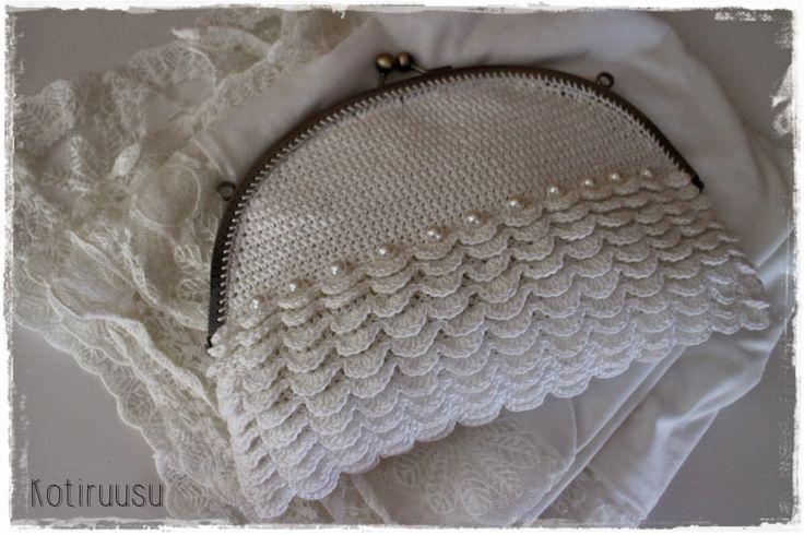Kotiruusu: Virkattu laukku