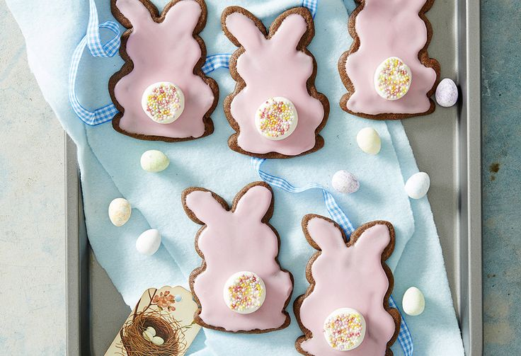 These cute-as-a-bunny biscuits are perfect for kids at Easter. Get them to help you make them – they'll just love decorating with marshmallows and sprinkles!
