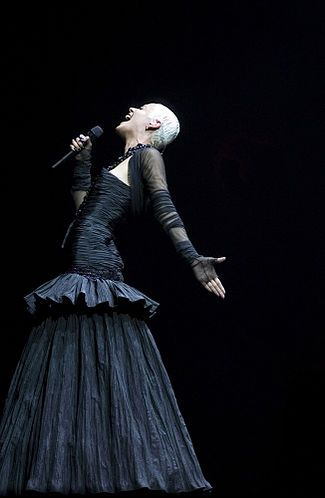 Mariza...amazing #portuguese #Fado singer with incredible style and charisma.
