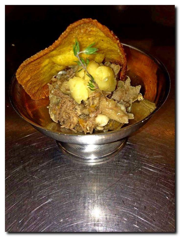 Boalafuente: Pato confitado en escabeche y deshuesado, sobre una mahonesa de wasabi y torto de maíz. #QuncenaPincho15 #DegustaCantabria