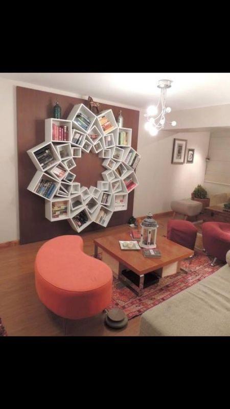 super cool einfach verschieden grosse h ngeregale kaufen und in beliebigen varianten anordnen. Black Bedroom Furniture Sets. Home Design Ideas