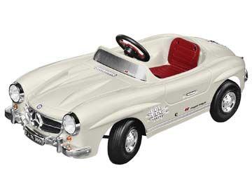 Art. B66041201. Mercedes-Benz 300 SL, coche infantil eléctrico.