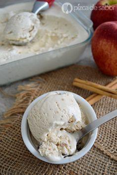 Aprende a preparar un delicioso helado de manzana estilo pay o tarta de manzana con canela. No se usa máquina y queda muy cremoso.