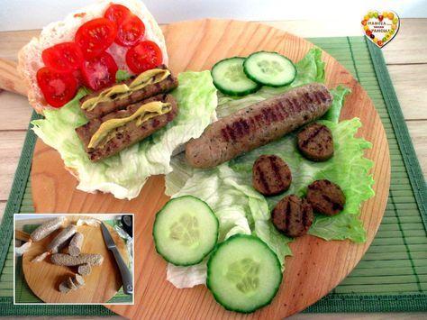 Ecco come preparare degli squisiti wurstel di tofu, leggeri e semplicissimi da fare, ottimi grigliati e gustati proprio come gli hot dogs! Ricetta vegan.