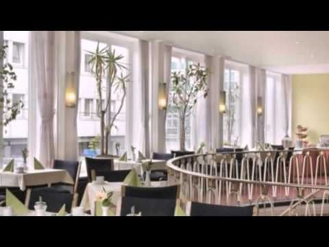 Days Inn Kassel Hessenland - Kassel - Visit http://germanhotelstv.com/days-inn-kassel-hessenland This hotel in Kassels Old Town offers a 1950s design soundproofed rooms and a free fitness room. The Kassel town hall and Rathaus tram stop are 50 metres away. -http://youtu.be/wySkL__U7Ck