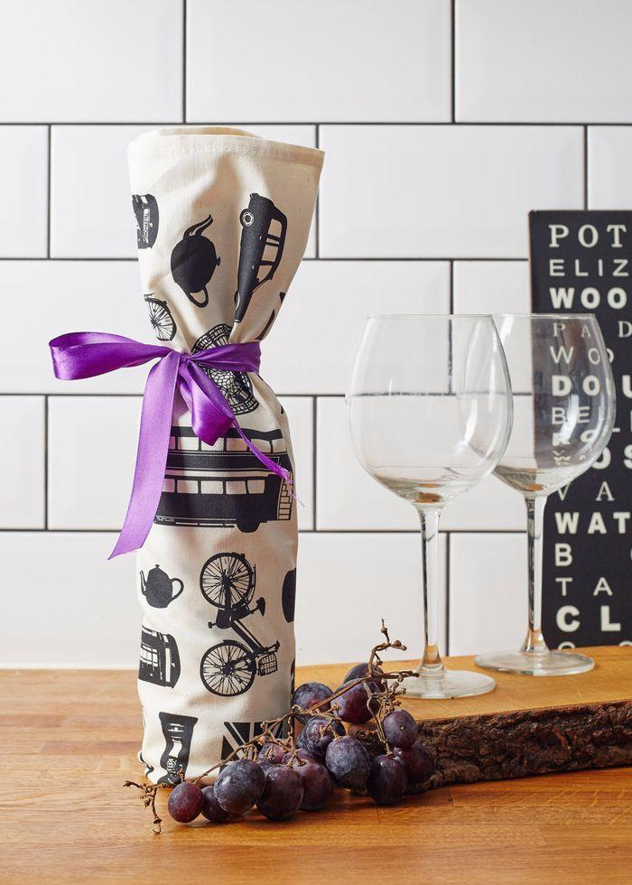 die besten 25 wein verpackung ideen auf pinterest weinflaschen design kreativ beschriften. Black Bedroom Furniture Sets. Home Design Ideas