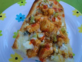ValSoCal: Buffalo Chicken French Bread Pizza