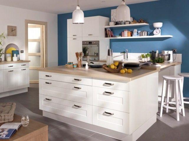 Les 25 meilleures id es concernant cuisines bleu marin sur for Couleur mur cuisine avec meuble blanc