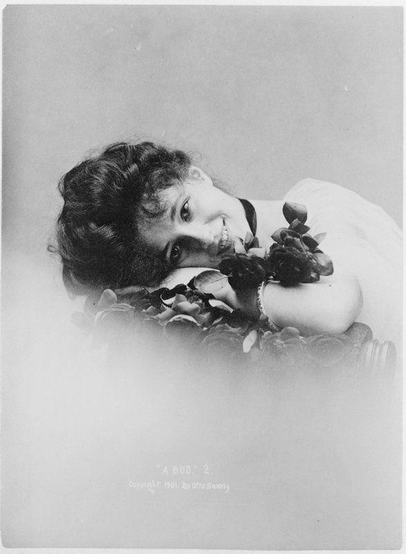 Evelyn Nesbit Thaw - Photograph by Sarony