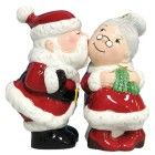 Santa and Mrs. Clause Salt and Pepper Shaker Set