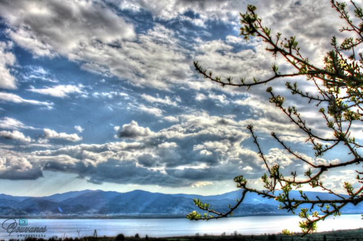 Trixonida Lake the biggest in Greece