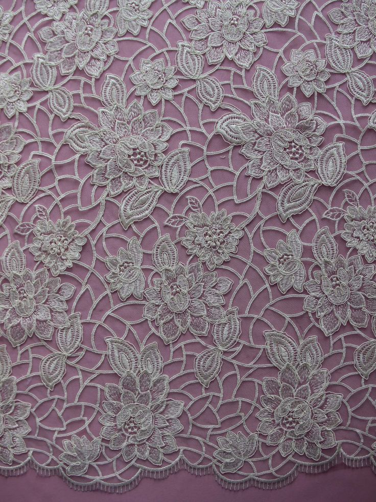 Ivory Lace - Annika