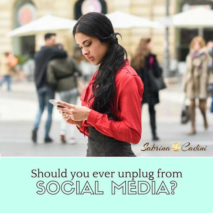 As a weddingpreneur, our daily life revolves around social media to promote our business. However, you need to unplug from social media every now and then