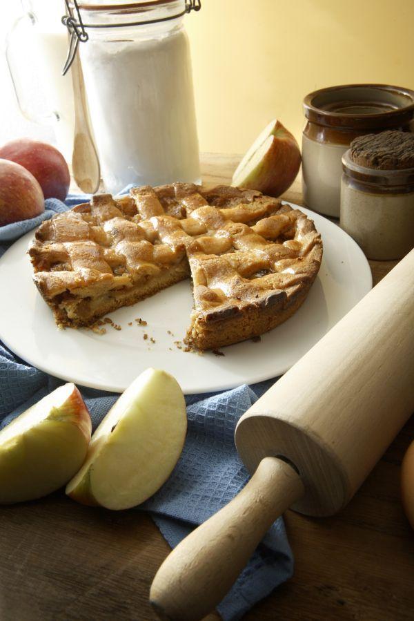 Torta tat-Tuffieħ - Maltese apple tart