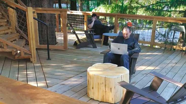Microsoft Employees Can Now Enjoy Working at Tree-Houses in Their Washington Campus  https://www.musttechnews.com/microsoft-employees-enjoy-working-tree-houses-washington-campus/  #microsoft #treehouse #employee #washington #campus #technology #news #musttechnews