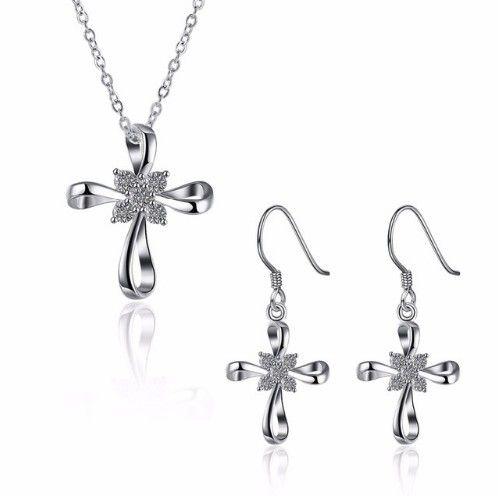 set bijuterii argintii http://www.bijuteriifrumoase.ro/cumpara/set-bijuterii-bowknot-cross-flower-3423