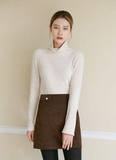 Pearl Button Corduroy Skirt