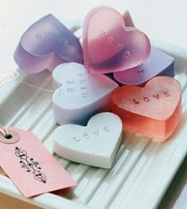 Como hacer jabones de glicerina para tu boda.  How to make glycerin soaps for your wedding.