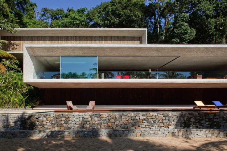 - Show, caixa de concreto e vidro  - Casa Paraty / Studio MK27 – Marcio Kogan