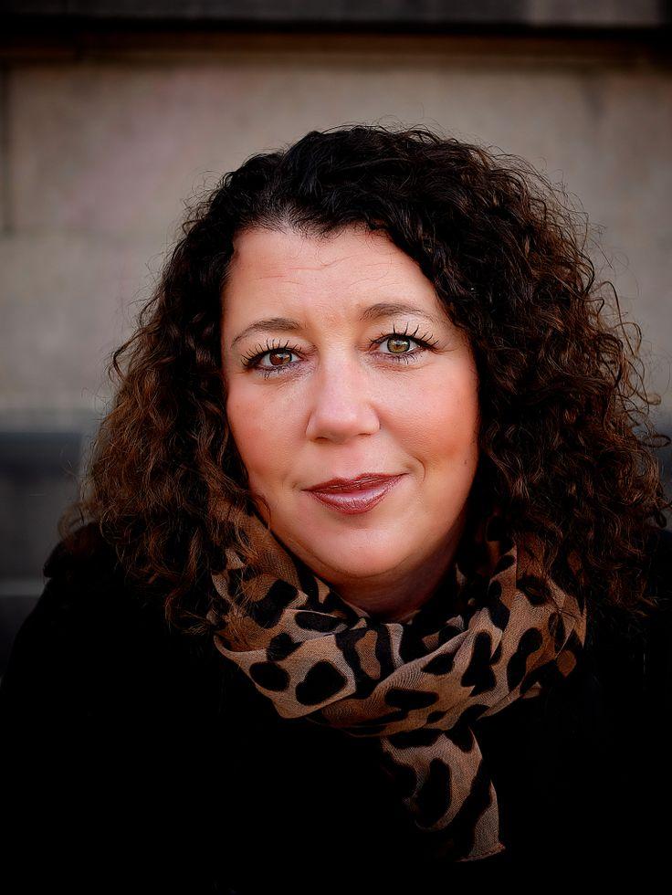 Kristin Oudmayer. For Humanist forlag.