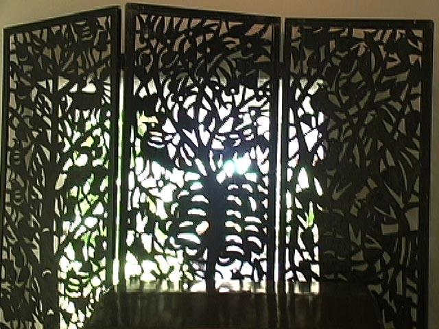 Paravan from iron, Haitian art