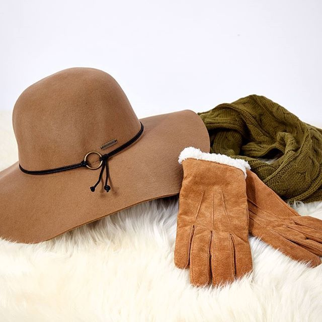 Our must have accessories... There's no need to feel the chill this winter! Gloves: #Jendi, Snood: #EbAndIve, Hat: #Kooringal. www.birdsnest.com.au
