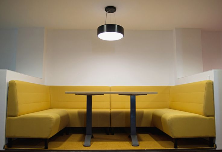 Informal meeting room, designed by Morphoza, for Fortech, Cluj-Napoca.