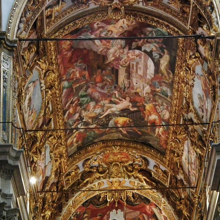 The Cathedral of St Lawrence, the Genoa's Duomo, founded in the 5th century AD. #day #trips #from