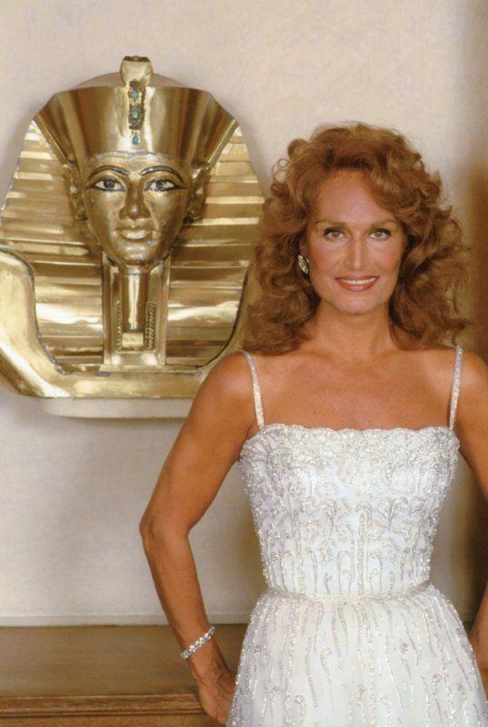 Dalida 1983