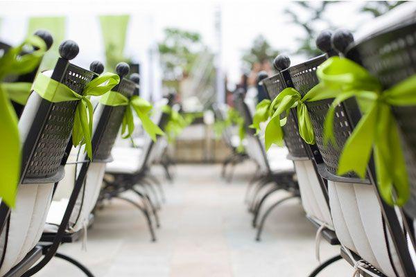Allestimento verde per un ricevimento di matrimonio colorato!