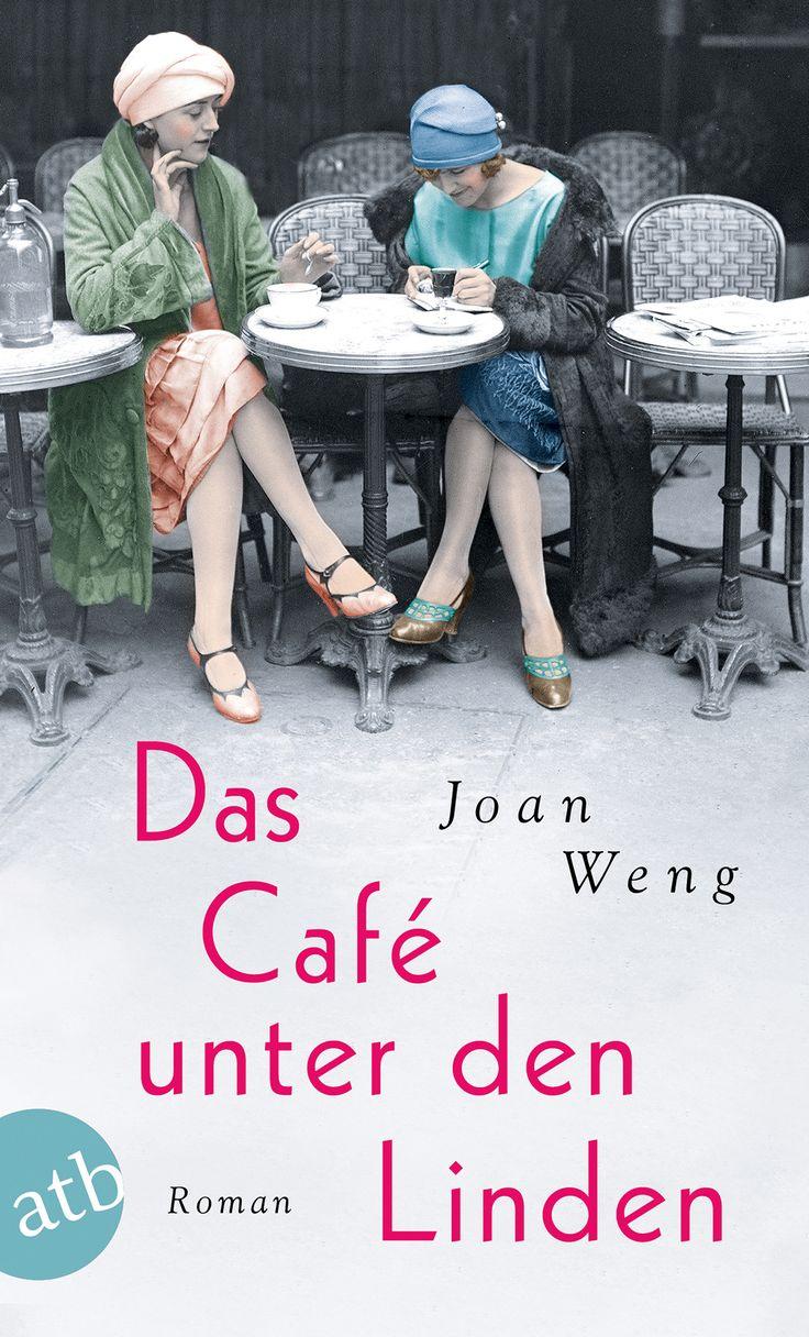 Als Greta 1925 in Berlin ankommt, bringt sie nicht mehr mit als ein gebrochenes Herz und eine Reiseschreibmaschine. Graf von Keller, bei dem sie als Tippfräulein angestellt ist, hat jedoch aus seiner Villa ein Künstlerasyl gemacht, und nun tippt sie also expressionistische Lyrik und die Texte des Liedermachers Kurt. Fasziniert von seinem bohemehaften Leben, stürzt Greta sich in eine leidenschaftliche Affäre ...  Mehr zum Buch unter http://www.aufbau-verlag.de/das-cafe-unter-den-linden.html
