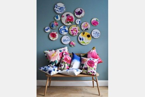 Bluebellgray is an exciting, young, Scottish textile design company specialising in the home interiors market. Influenced by a love of colour and all things floral, the designs are something unique and special.