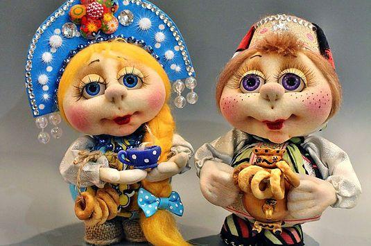 dolls-of-nylon