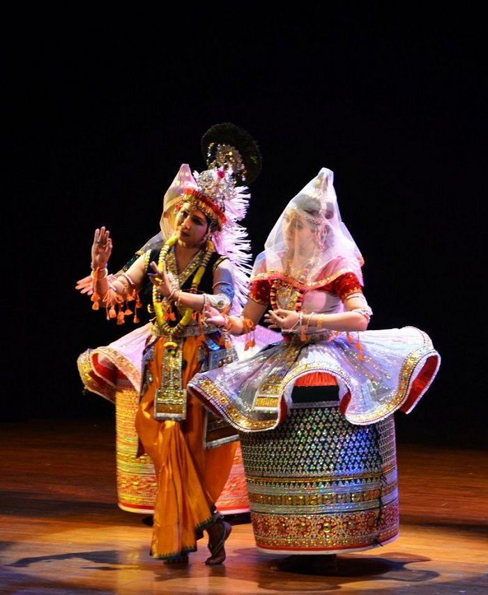 Manipuri Dance - History, Repertoire, Costume & Exponents