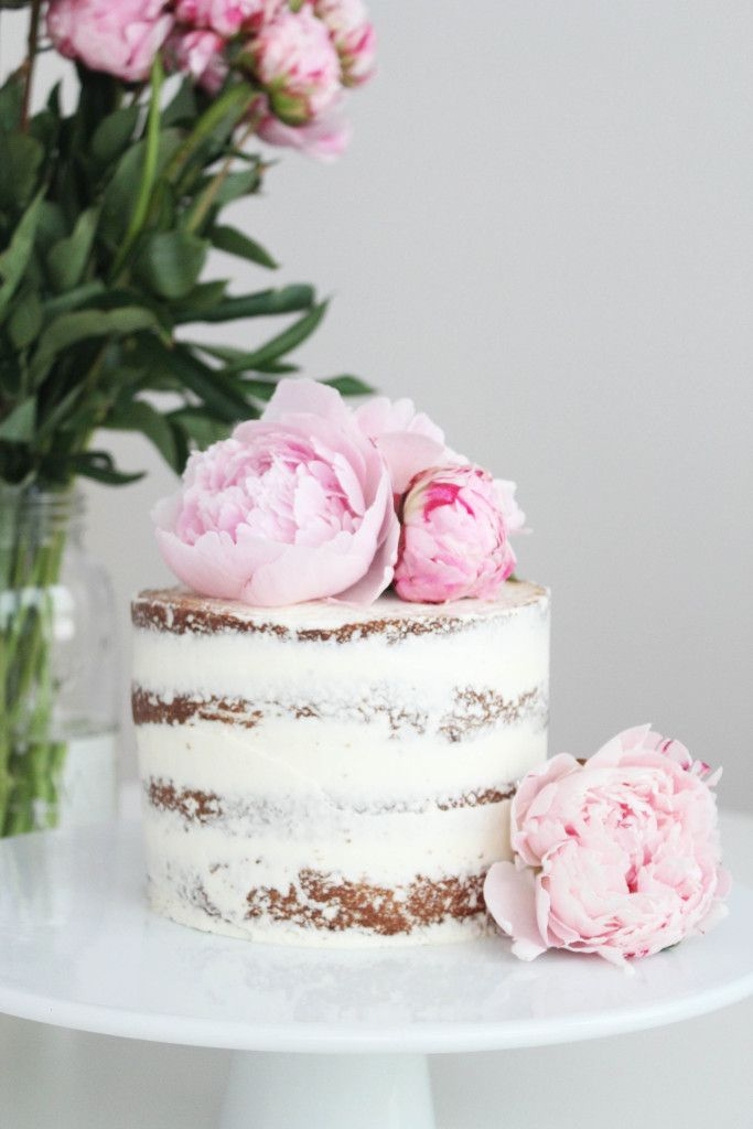 Seven Simple but Amazing Cake Ideas / Naked Cake / Arrow & Lace Designs