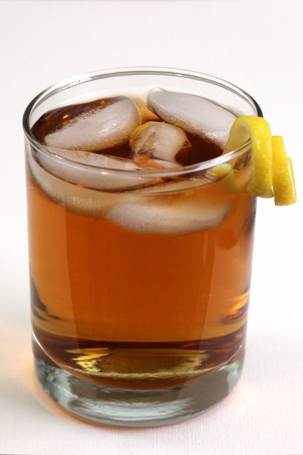 Rusty Nail drink recipe: a classic cocktail with Scotch and Drambuie