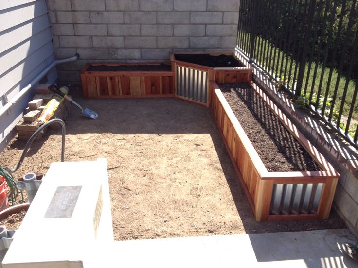 Above Ground Redwood Planter With Corrugated Metal Drip