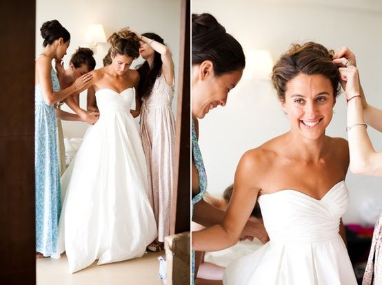 Southern Charm... Absolutely love that dress!!! So simple, yet so elegant