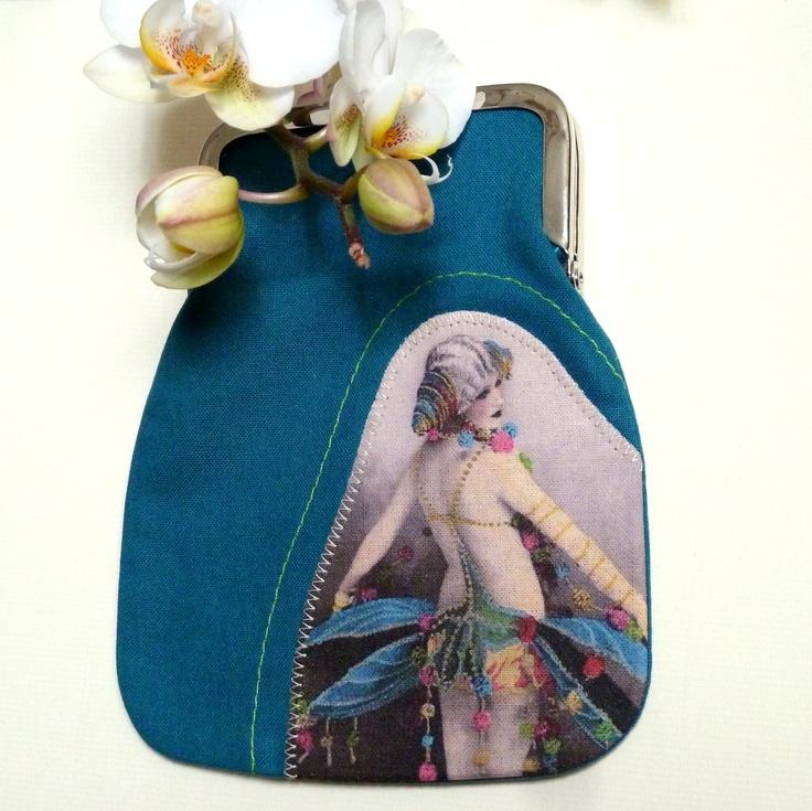 Vintage Postcard kukkaro / purse Turkoosi - keijukainen / Turquoise - fairy  moumoudesign.blogspot.com moumou DESIGN
