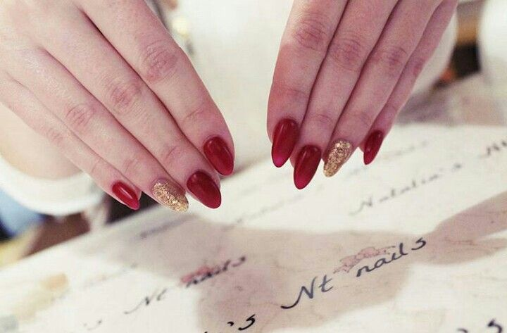 #red #gold #glitter #nails