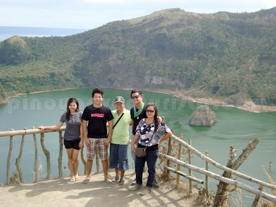 Batangas - Conquering Taal Volcano with First-time Hikers ~ Pinoy Adventurista | your next ultimate adventure starts here