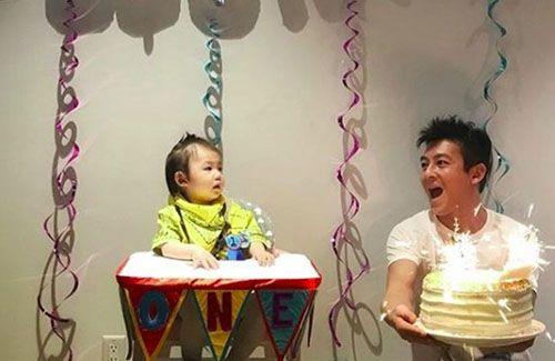 Edison Chen Celebrates Daughter's First Birthday