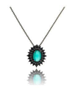 colar rodio negro com pingente redondo moderna esmeralda e preta