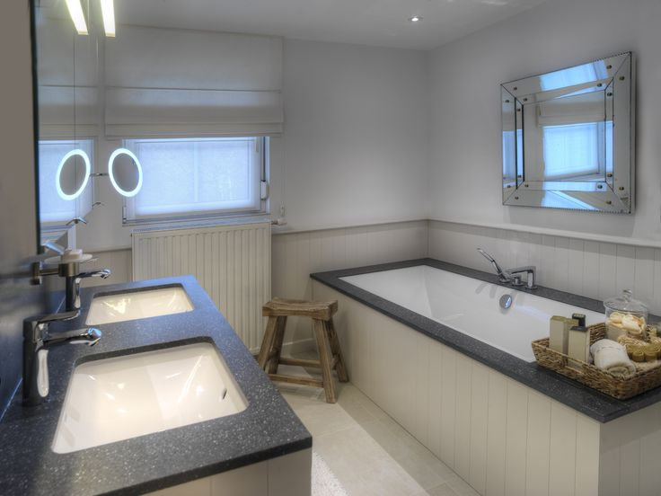Bathroom interior design by Assenti. Special designs for every possible bathroom.