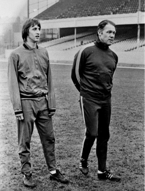 johan Cruyff and Rinus Michels two dutch legends at Highbury training before a Euro game for Ajax against Arsenal. How I would love to see Cruyff manage Arsenal.